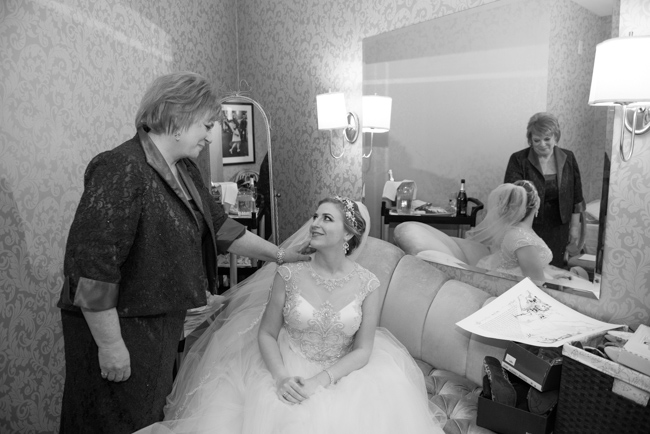 Jessica_Andres_The_Waters_Edge_Wedding__048
