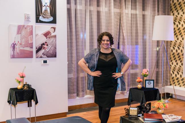 Deborah Artvesta Wine & Cake Social 11-18-06