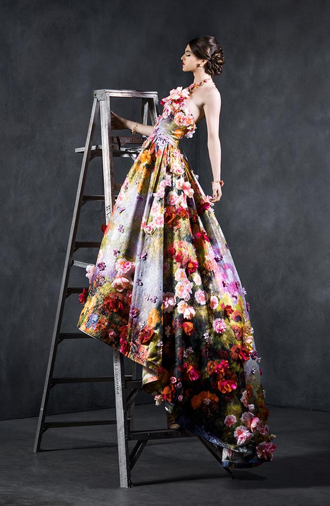 A stunning $75,000 dress from Yumi Katsura
